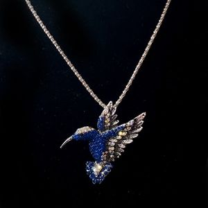 Jewelry - Hummingbird with blue crystals necklace